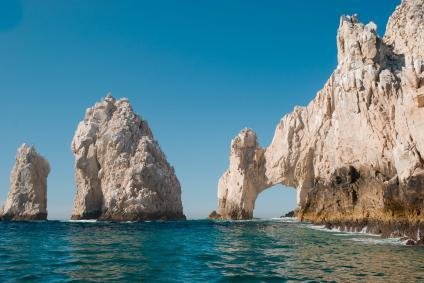 The famous arch of Cabo San Lucas