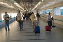 passengers with carry on bags