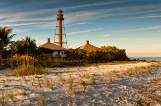 Sanibel Island Lighthouse; © Glenn Nagel | Dreamstime.com