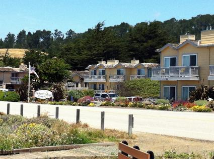 Pelican Cove Inn Moonstone Beach Cambria