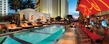 The Hideout pool and bar at the Golden Nugget