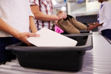 placing laptop through security