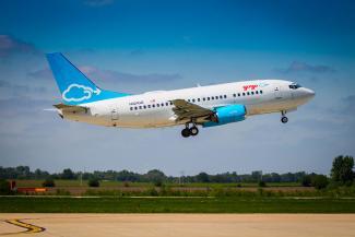 Gogo 737 takeoff