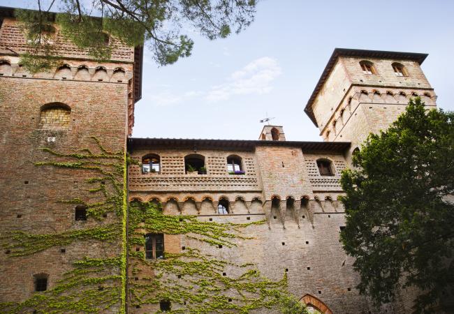 Castello delle Quattro Torra in Tuscany