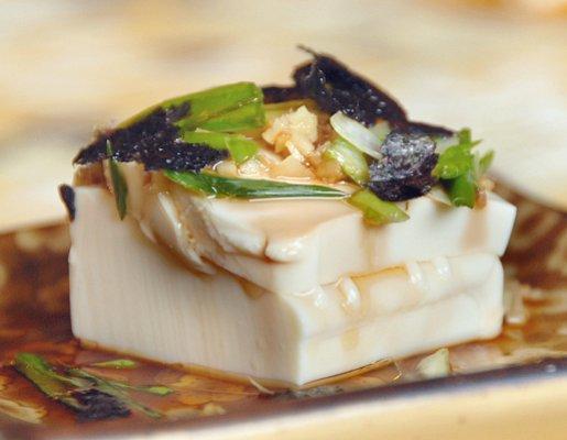 https://cf.ltkcdn.net/vegetarian/images/slide/124909-515x400-tofu8.jpg