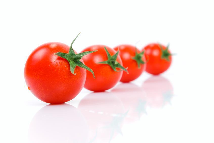 https://cf.ltkcdn.net/vegetarian/images/slide/124970-847x567-tomatonutrition.jpg