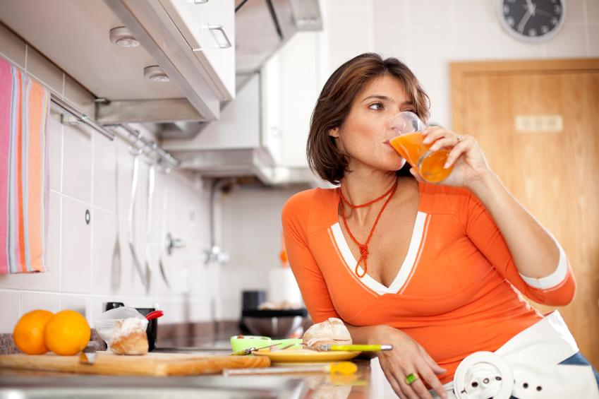 https://cf.ltkcdn.net/vegetarian/images/slide/127219-849x565r1-Drink-Juice.jpg