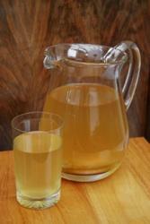 Kombucha makes a tasty, slightly carbonated drink.