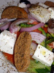 Salads can be part of a vegetarian meal plan.