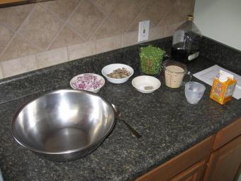 https://cf.ltkcdn.net/vegetarian/images/slide/124900-800x600-vegie-burger-ingredients.JPG