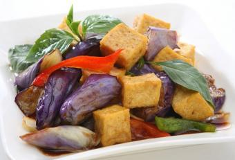 https://cf.ltkcdn.net/vegetarian/images/slide/124911-588x400-tofu7.jpg