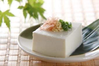 https://cf.ltkcdn.net/vegetarian/images/slide/124981-849x565-TofuSlide.jpg