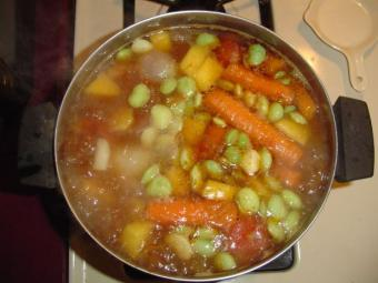 4 Vegetarian Vegetable Soup Recipes: Warm the Soul