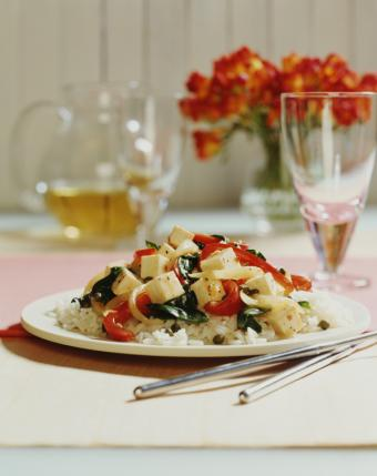 https://cf.ltkcdn.net/vegetarian/images/slide/127214-617x778r1-Rice-and-Tofu.jpg