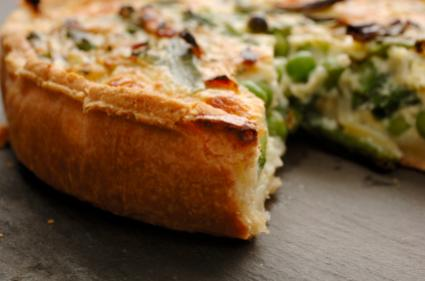 Sliced quiche.