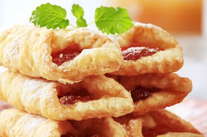 Puffed pastry with strawberry jam