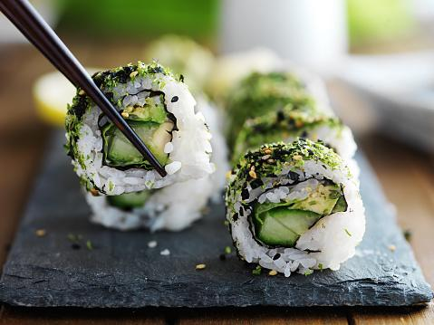 healthy kale sushi
