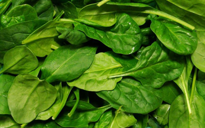 https://cf.ltkcdn.net/vitamins/images/slide/124121-850x530-Spinach0109.jpg