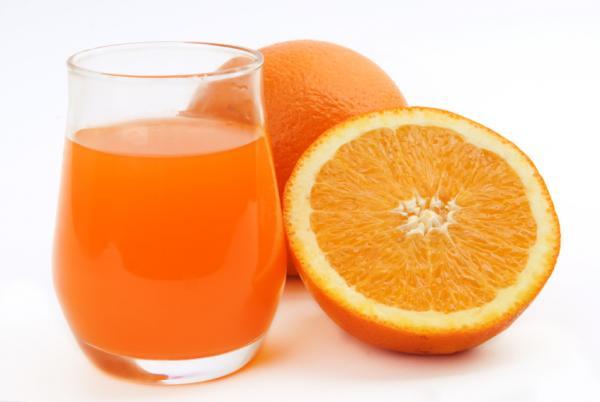 https://cf.ltkcdn.net/vitamins/images/slide/124181-600x402-vitc.jpg