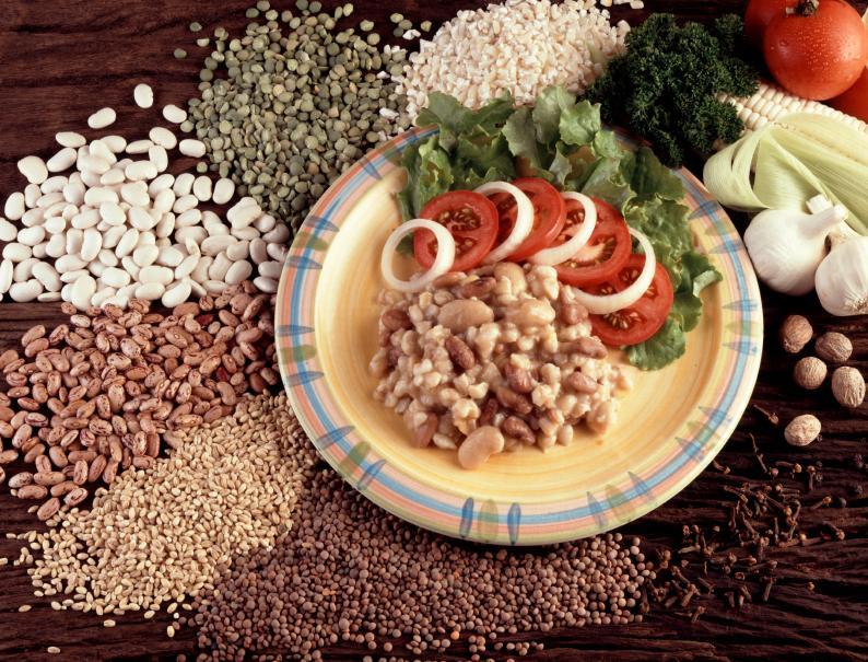 https://cf.ltkcdn.net/vitamins/images/slide/124188-794x605-04beans.jpg