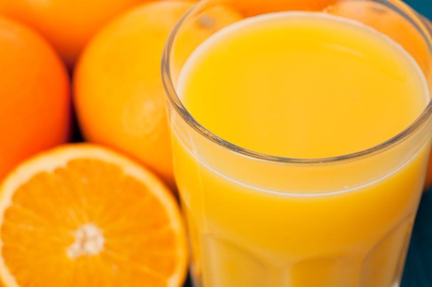 https://cf.ltkcdn.net/vitamins/images/slide/124295-849x565-oranges.jpg