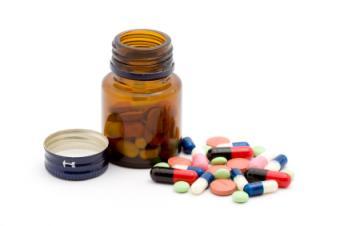 https://cf.ltkcdn.net/vitamins/images/slide/124094-425x282-Vitaminpills.jpg
