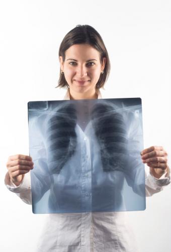 https://cf.ltkcdn.net/vitamins/images/slide/124124-570x842-Lungs0109.jpg