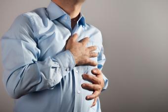 https://cf.ltkcdn.net/vitamins/images/slide/130010-850x565r1-palpitation.jpg