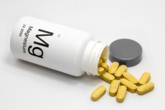 4 Vitamins to Help Treat Hypoglycemia