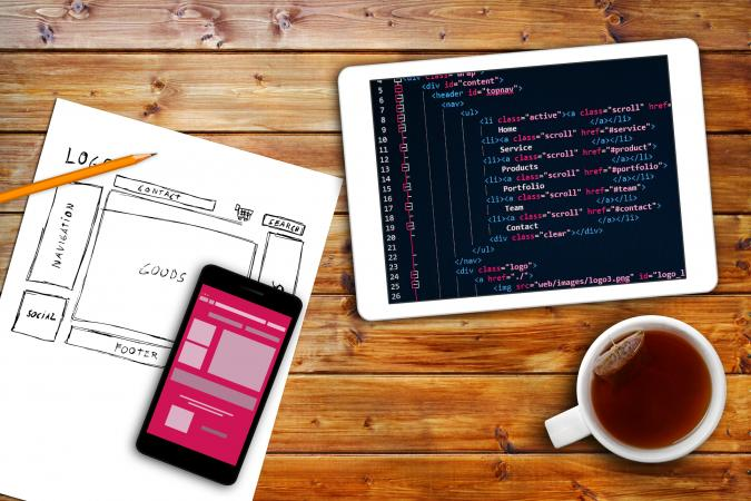 Using wireframe & HTML to build website