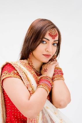 Pakistani Wedding Dresses   LoveToKnow