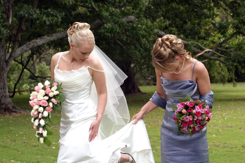 Bride_and_Bridesmaid.jpg