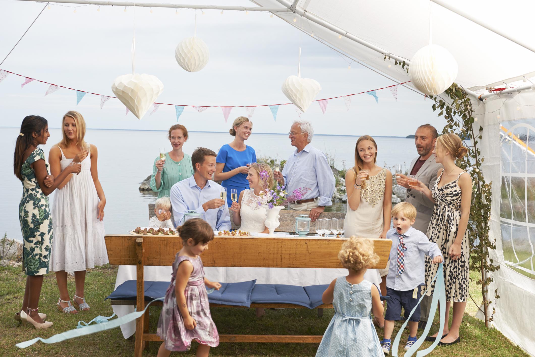 Wedding Ideas that Include Children | LoveToKnow