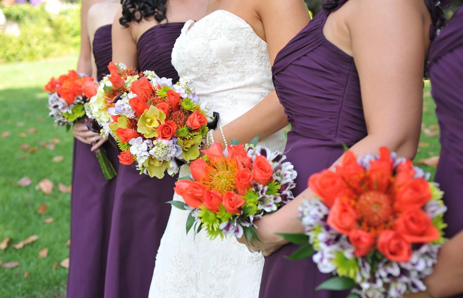 Colors for August Weddings | LoveToKnow