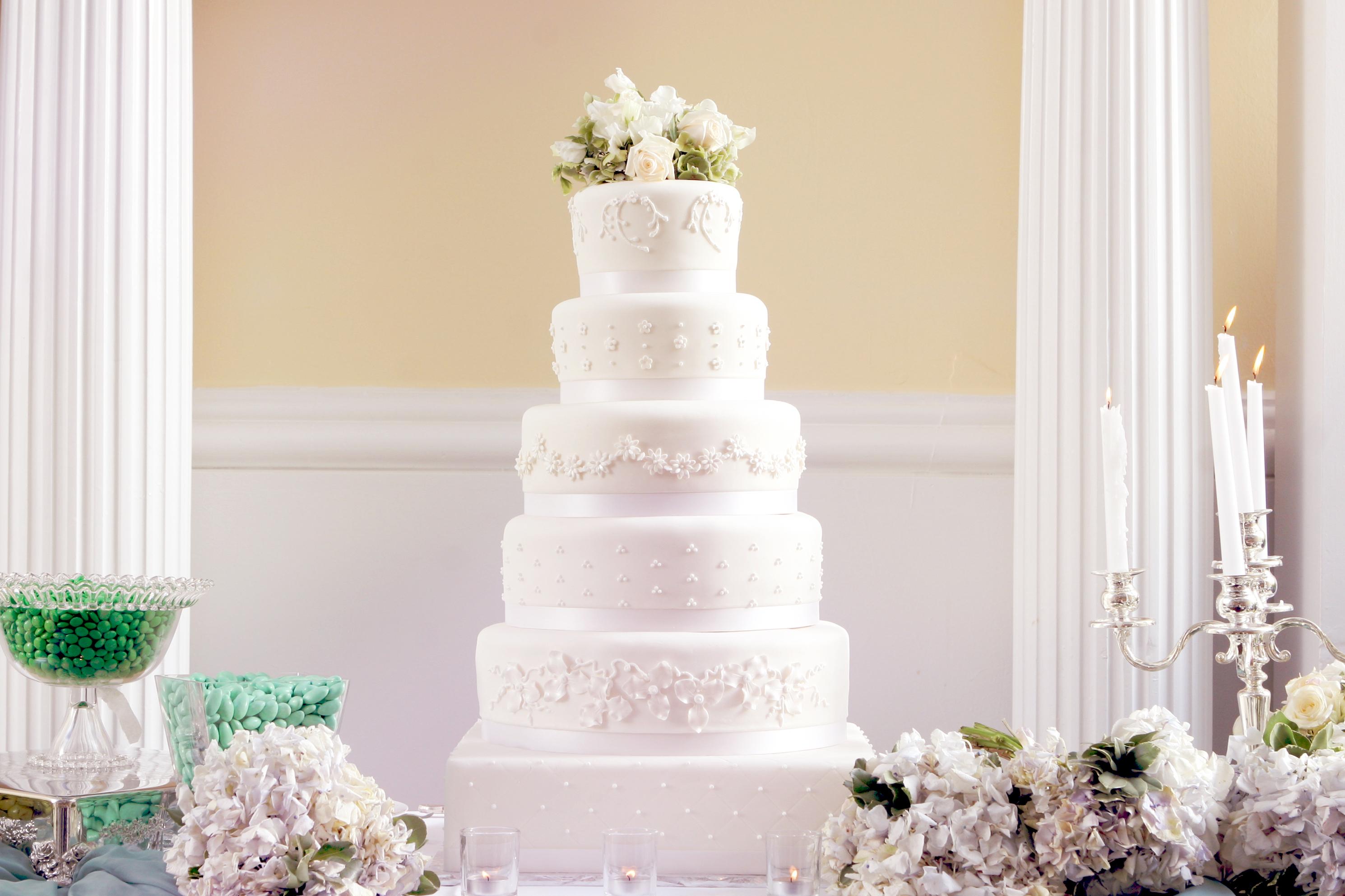 Fountain Wedding Cakes Prices , Wedding Cake Flavors