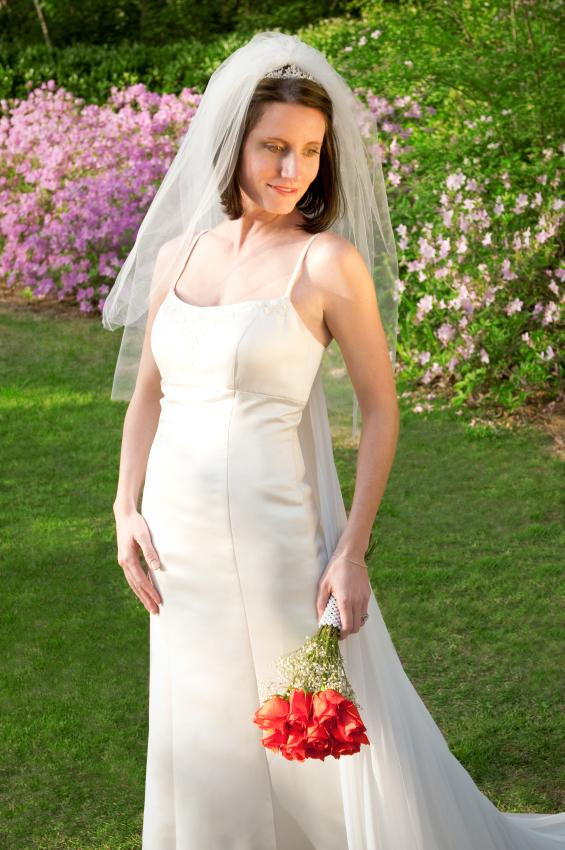 Outdoor wedding dresses images