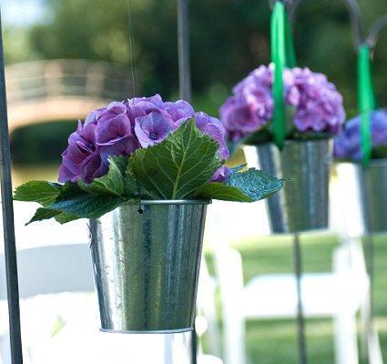 https://cf.ltkcdn.net/weddings/images/slide/106817-425x400-purple16.jpg