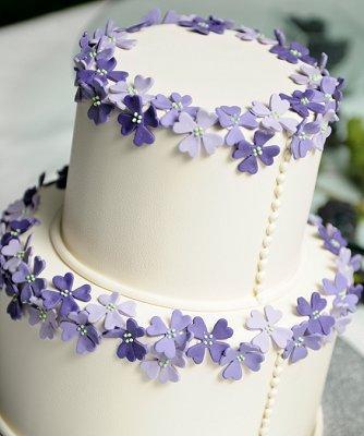 https://cf.ltkcdn.net/weddings/images/slide/106824-334x400-purple18.jpg