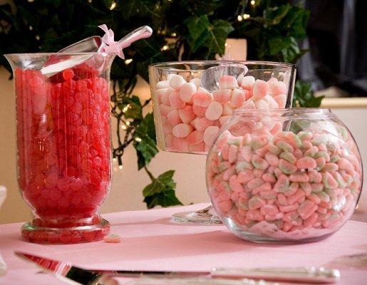 https://cf.ltkcdn.net/weddings/images/slide/128052-515x400-receptionact7.jpg
