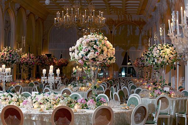 https://cf.ltkcdn.net/weddings/images/slide/149000-600x399-Vintage-Room.jpg