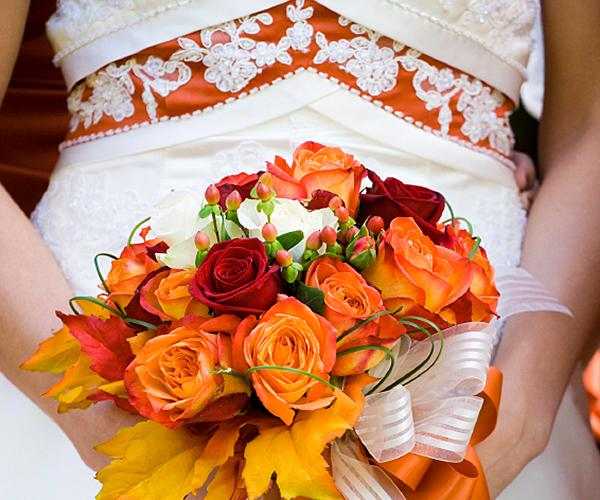 Pictures Of Colored Wedding Dresses