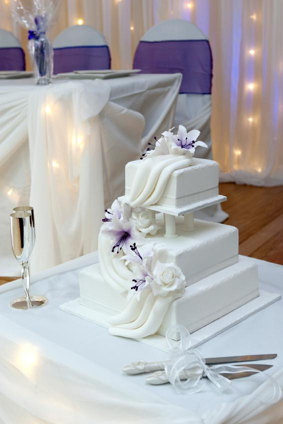 Wedding Cake With Swag