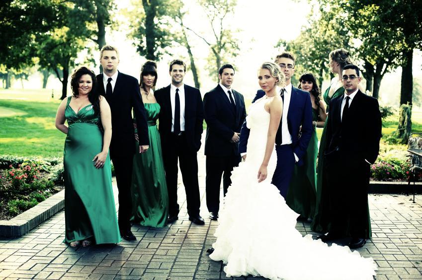 https://cf.ltkcdn.net/weddings/images/slide/172766-849x565-Glamour-pose.jpg