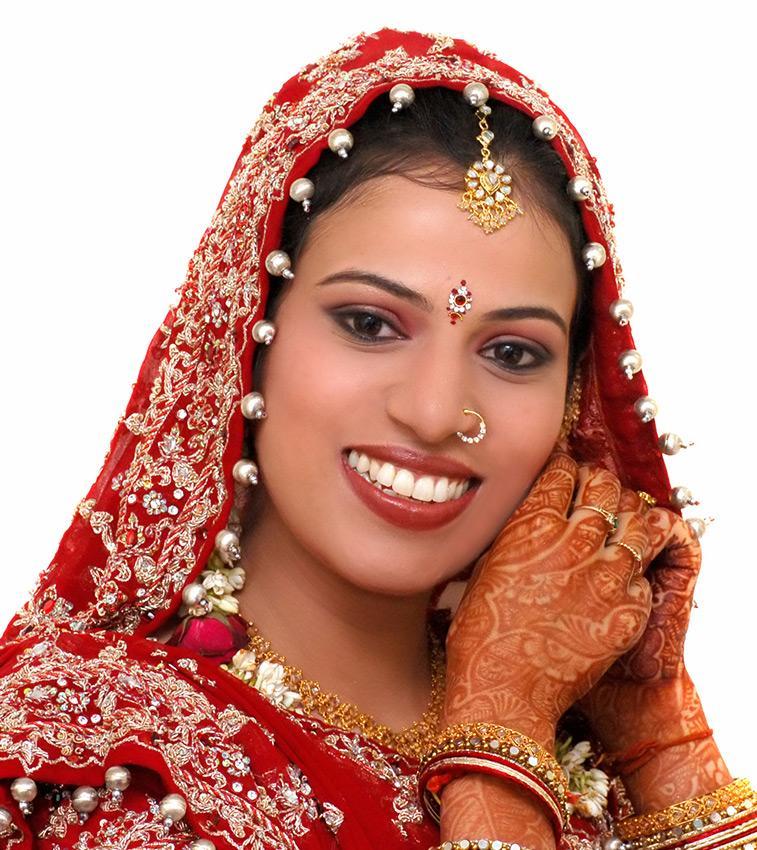 https://cf.ltkcdn.net/weddings/images/slide/191320-757x850-indian-veil.jpg
