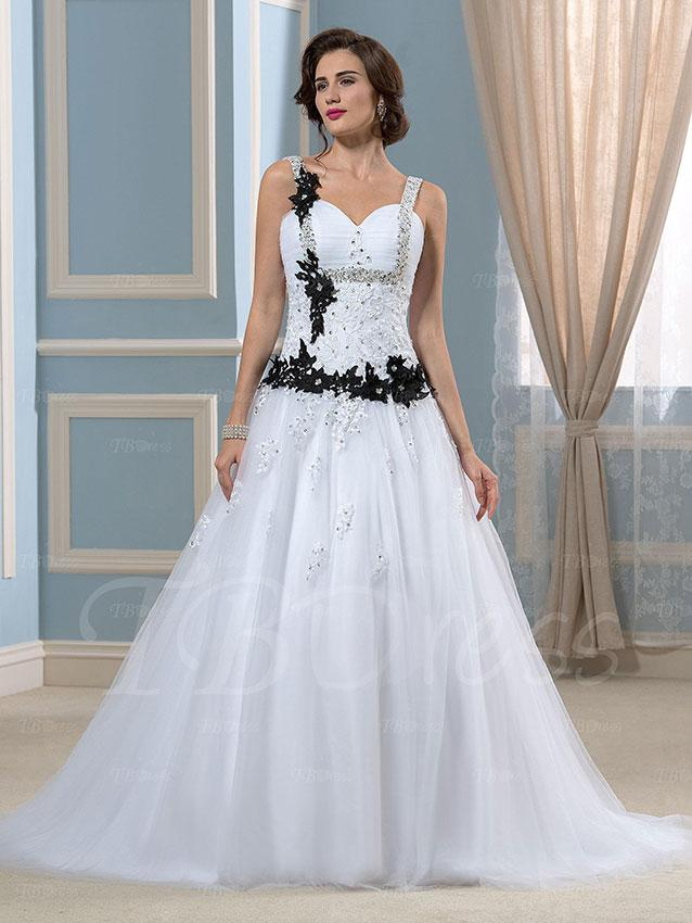Ugly Wedding Dress Pictures | LoveToKnow