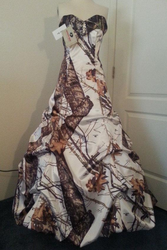 Camo Wedding Dresses | LoveToKnow