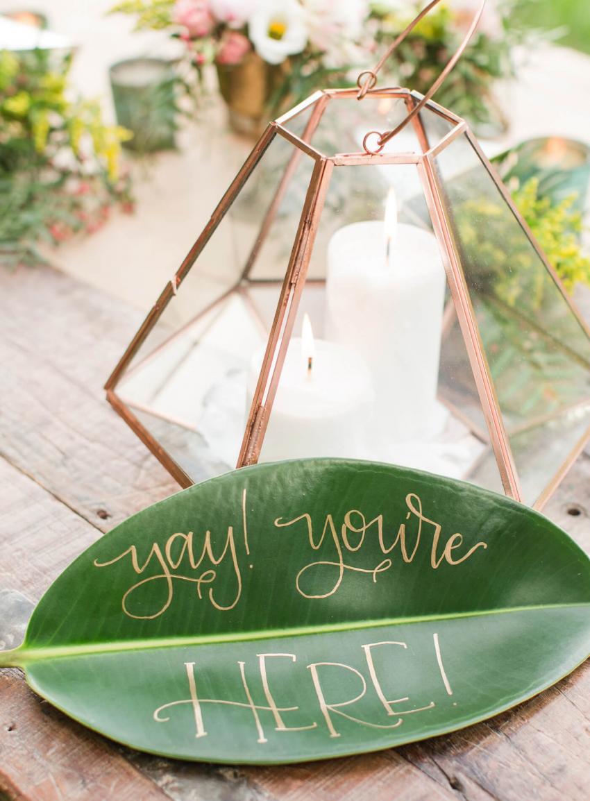 https://cf.ltkcdn.net/weddings/images/slide/238476-850x1154-message-leaf.jpg
