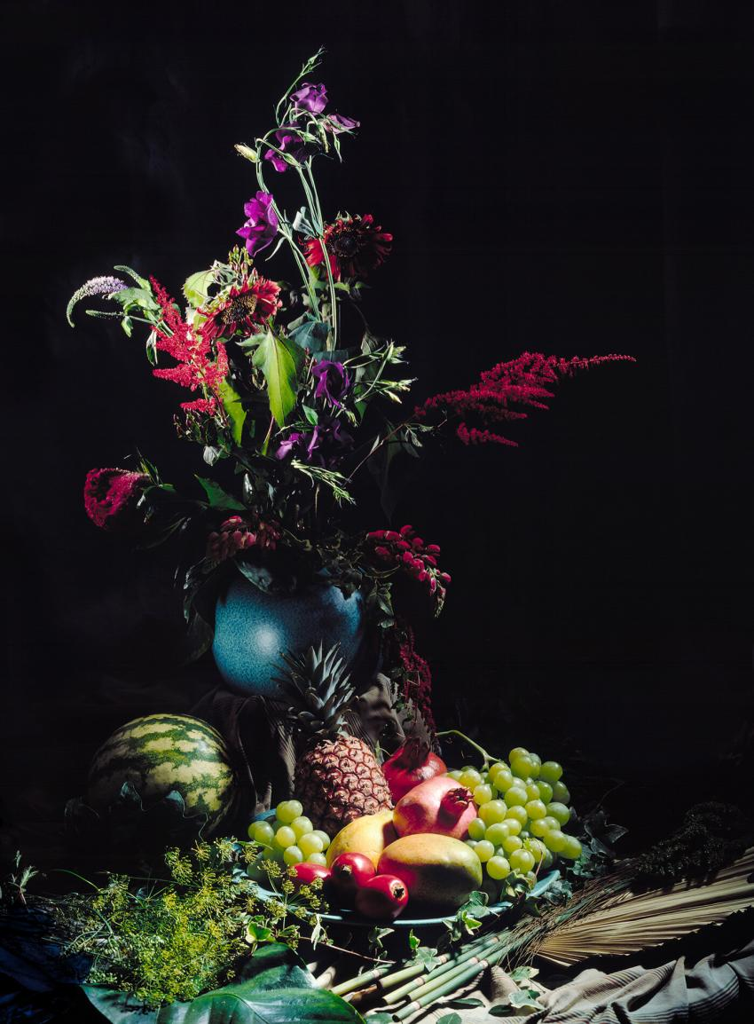 https://cf.ltkcdn.net/weddings/images/slide/238482-850x1154-Tropical-fruit-and-flowers.jpg