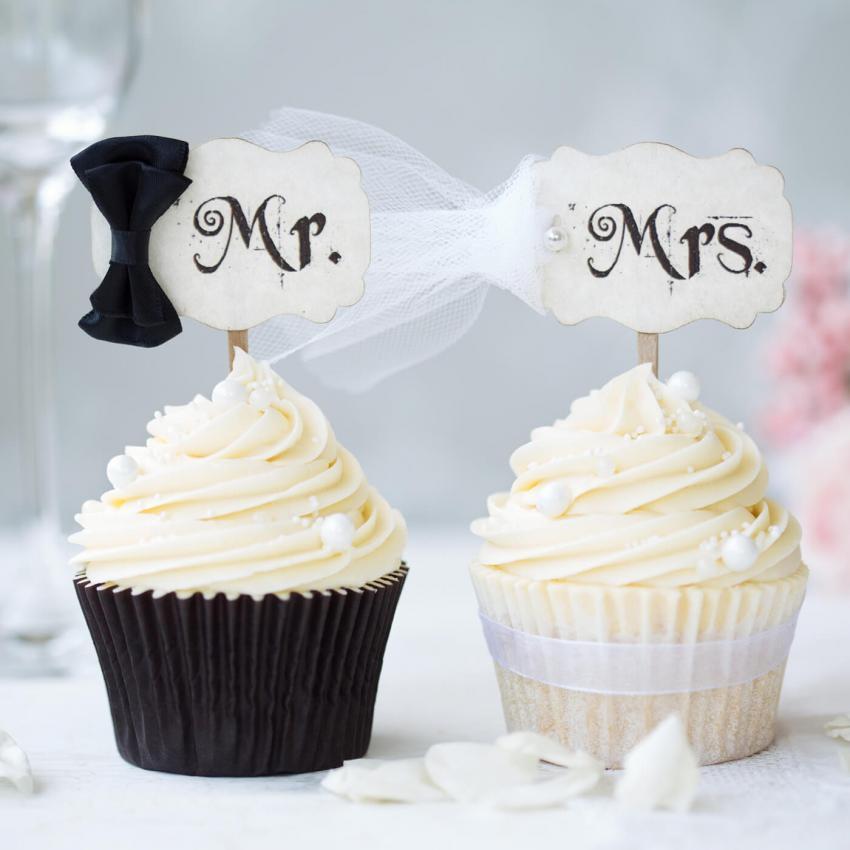 https://cf.ltkcdn.net/weddings/images/slide/240976-850x850-wedding-cupcake-ideas-1.jpg