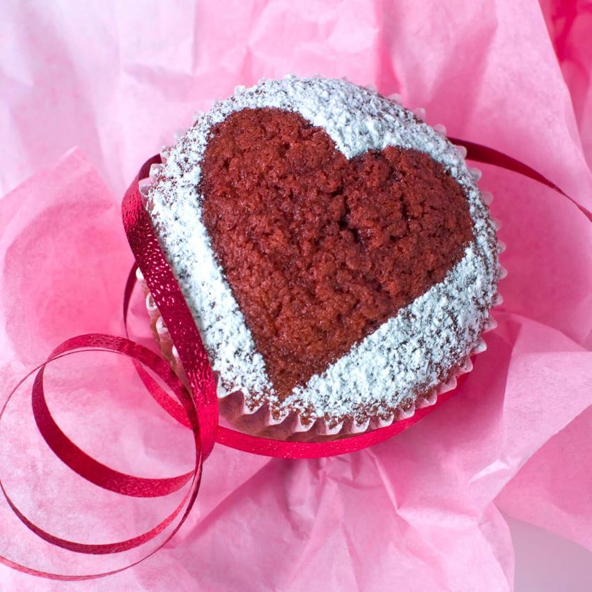 https://cf.ltkcdn.net/weddings/images/slide/240991-850x850-19-wedding-cupcake-ideas.jpg